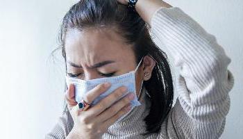Uno de cada 10 infectados tiene síntomas 12 semanas después del alta de coronavirus